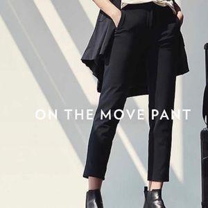 Lululemon On The Move Pant 4 NWT Black